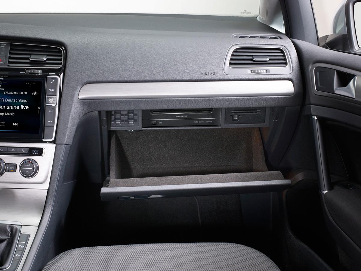 Alpine DVE-5300G DVD-Player für Volkswagen Golf VII und SKODA Octavia 3