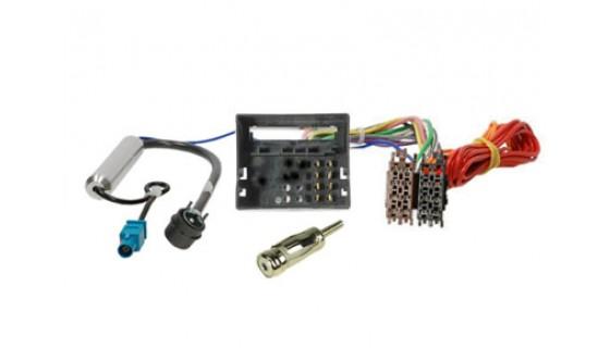 RTA 004.114-0 Adapterkabel ISO - FAKRA + Phantomeinspeisung, mit AM/FM ISO 90° Stecker (winkel)