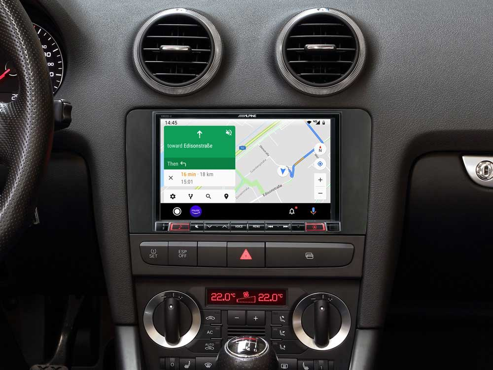 Alpine X803D-A3 All in One Navigation mit 7-Zoll Display für Audi A3 (8P/8PA) Facelift, Apple CarPlay