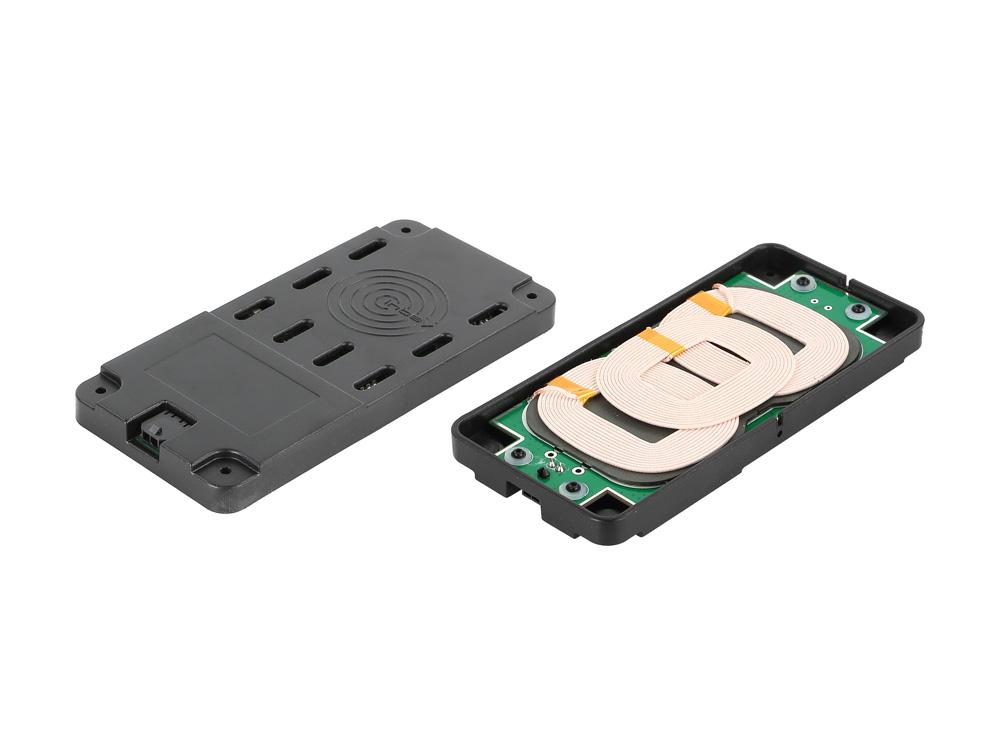 Alpine KCE-3Qi Wireless-Qi-Ladestation Mercedes Sprinter (X903D-S906) und Vito (X903D-V447)